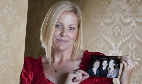 Сестрата на Джулия Робъртс се самоубила заради нея
