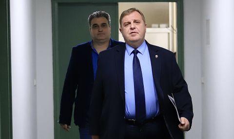 Каракачанов отхвърли всички обвинения за злоупотреби в Министерство на отбраната