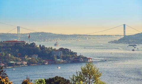 Отбой! Възстановено е корабоплаването през Босфора