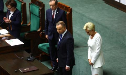 Коалицията в Полша ще остане единна