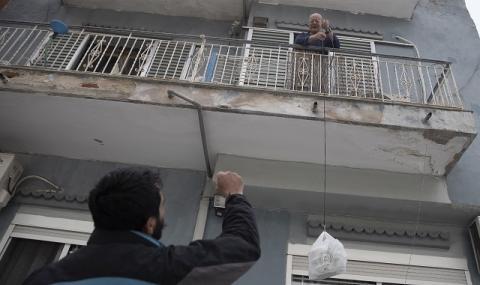 Коронавирус в Гърция: Как една провалена държава стана за пример