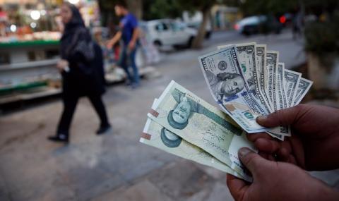 Иран сменя парите заради тежката криза