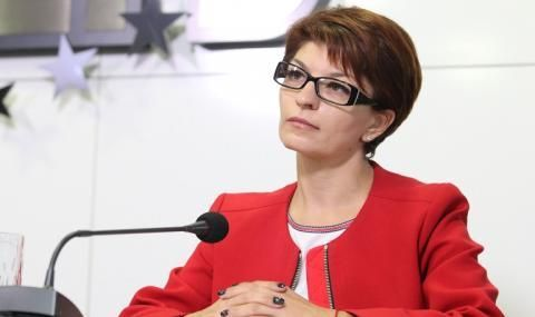 Десислава Атанасова: За да има стабилно управление, ГЕРБ ще подкрепи кабинет