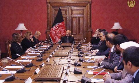 Талибаните преговарят в Доха с представители на ЕС и САЩ - 1