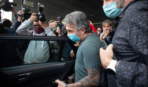Бащата на Меси уверил Лапорта, че синът му ще остане в Барселона