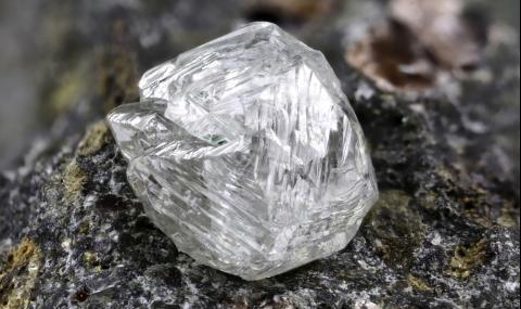 Откриха 442-каратов диамант на стойност 18 млн. долара