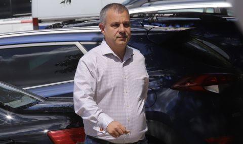 Кошлуков иска нова дата за изборите заради футболен мач