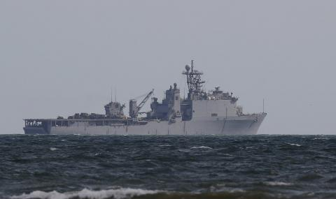 Крим гневни на навлизането на американски разрушители в Черно море