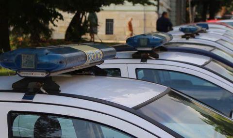 Цистерна и камион удариха  лек автомобил в София  - 1