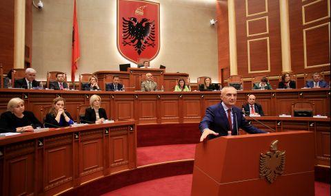 Парламентът на Албания сваля държавния глава