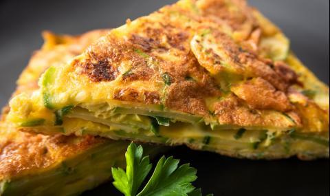 Рецепта за вечеря: Италианска фритата с тиквички