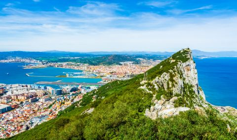 В Гибралтар се пребориха с пандемията. Как го постигнаха?