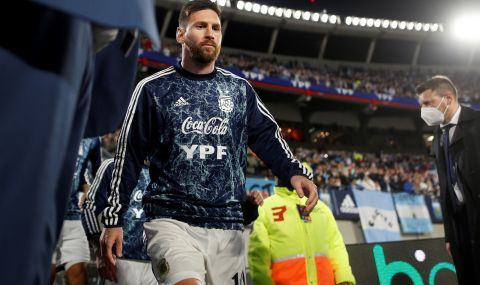 Момче от Аржентина взриви футболния свят с плакат за Лео Меси - 1