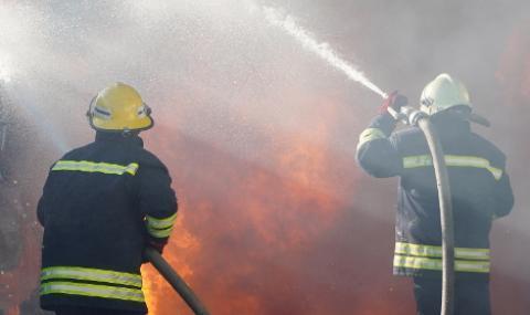 Пожарът в Хасковско обхвана 1 000 дка гора, обявиха бедствено положение