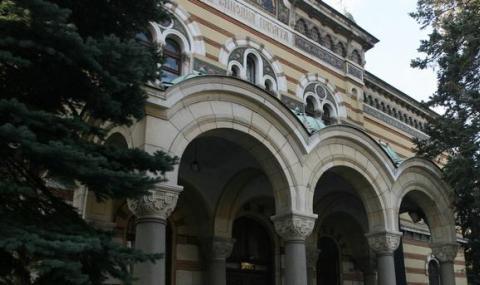 Църквата с проект за учебник по православие, родителите раздвоени - 1