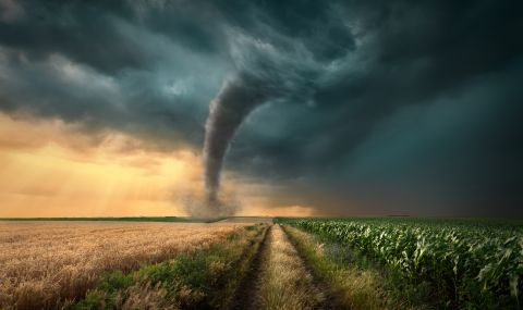 Мощно торнадо в Китай