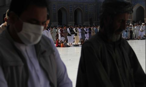 Атакуваха президентския дворец в Афганистан