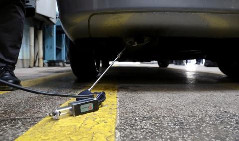 Защо автомобили не могат да минат Годишен технически преглед?