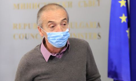 Д-р Елена Николова: Мангъров е некомпетентен –