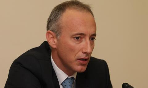 Министър Вълчев с извънредна заповед за всички ученици