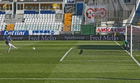 Почина човекът, който измисли дузпите във футбола