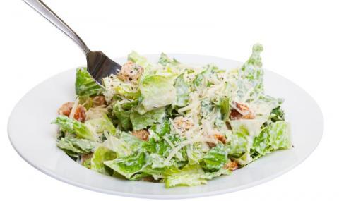 Рецепта на деня: Класическа салата Цезар
