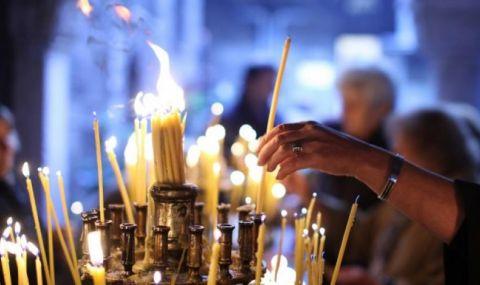 Истински скандал разтърси Черна гора: Трима спортисти препикали църква навръх Великден