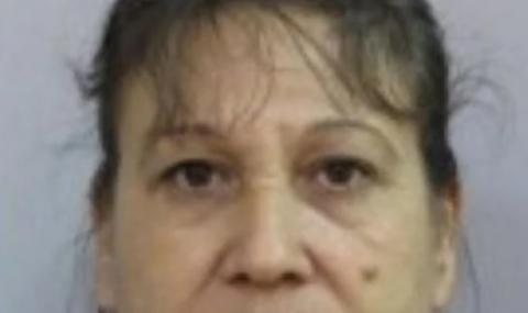 Жена изчезна с двете си деца в Сливен, издирват я