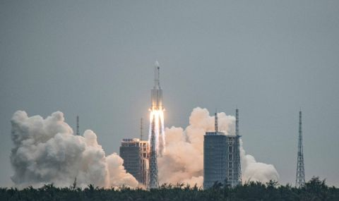 Китайската ракета може да падне близо до България
