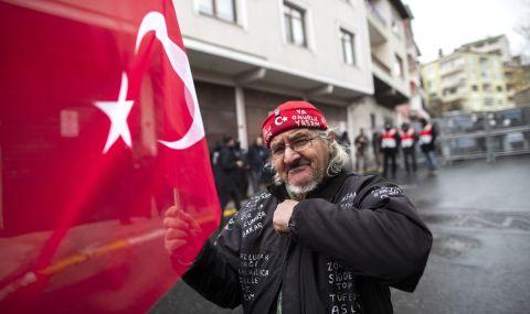 Турция с нов закон за медиите - 1