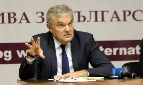 Румен Петков: Площадът не е място за политическа бащиния