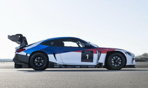 BMW показа състезателно M4 за над половин милион долара - 6