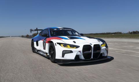 BMW показа състезателно M4 за над половин милион долара - 7