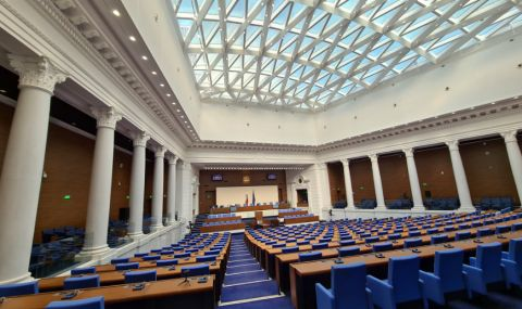 Президентът ще свика Народно събрание в предвидения в Конституцията срок