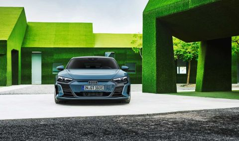 Audi представи електрическия E-Tron GT заедно с най-мощната RS версия - 4