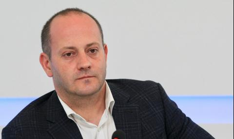 Радан Кънев: Узаконяват корупцията