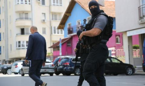 "Задържаха собственика на ""Винпром"" и още над 10 души"