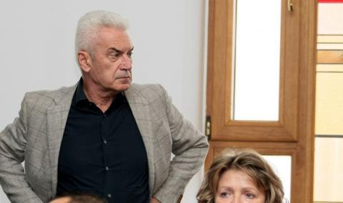Сидеров принудително в СДВР, отказал да покаже лична карта и си тръгнал