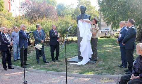 Американски президент с бюст-паметник в София (СНИМКИ) - 1