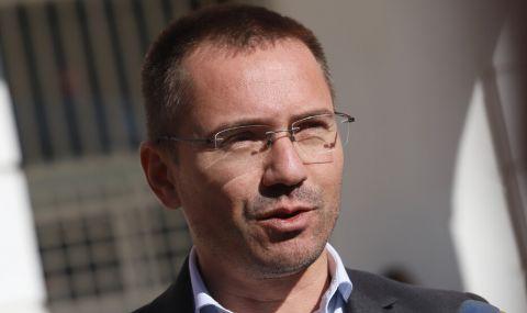 Джамбазки: Проектът на Петков и Василев е без идеология, като ИТН - 1
