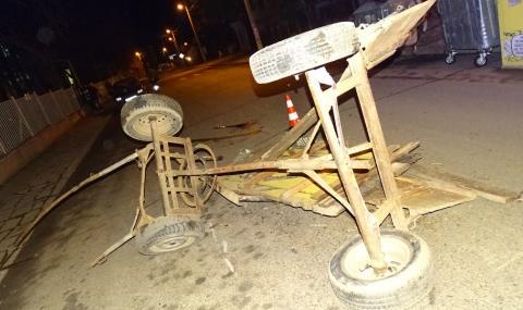 Пиян шофьор помете неосветена каруца, трима пострадаха