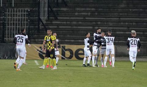 Турски клуб иска да се подсили с трима българи