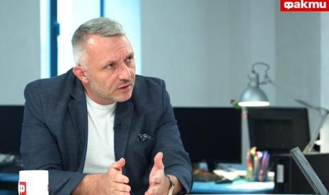 Адв. Хаджигенов пред ФАКТИ: Гешев е милиционер във всеки смисъл на думата