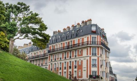 Чужденци изкупуват парижките имоти