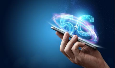 Учен за 5G мрежата: Ще управляваме роботи и коли в реално време