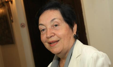 Проф. Славия Бърлиева пред ФАКТИ: България се смята за основателка на третия дял на европейската книжовна култура