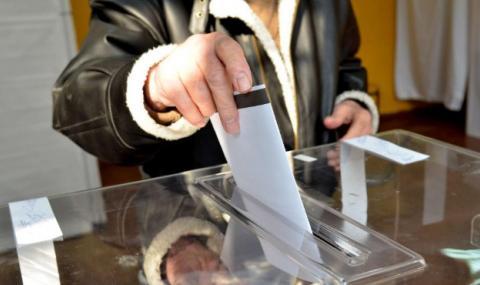 Най-интересните заглавия в изборния ден към 14 часа