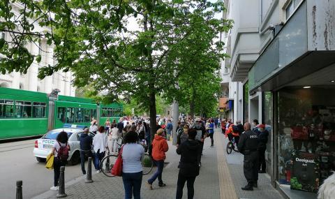 """Скандират """"Мафия"""" пред Съдебната палата - 2"""