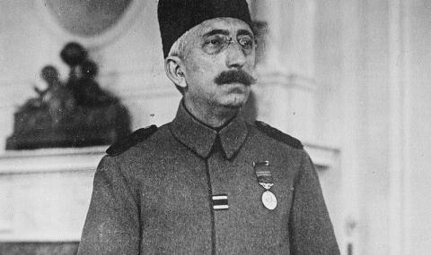 1 ноември 1922 г.: Абдикира последният султан на Османската империя