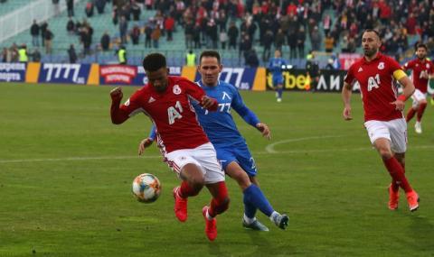 ЦСКА ще предложи нов договор на Енрике Рафаел